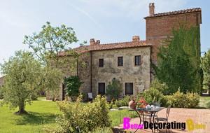Rustic Italian Villas in Tuscany