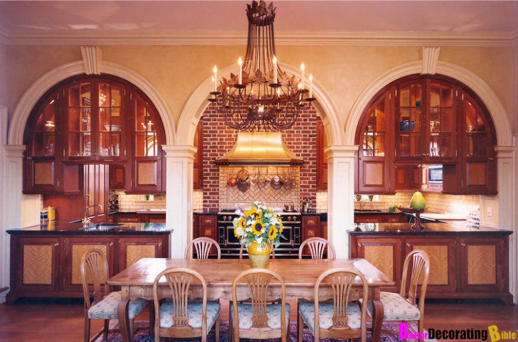 Featured Home: Classic Brick Georgian Mansion