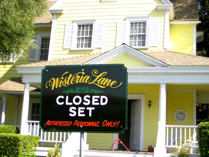 A Peek Into The Desperate Housewives Set - Wisteria Lane