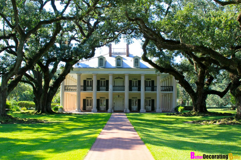 Featured Home: Oak Alley Plantation