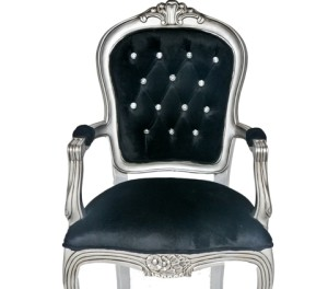 DIY Friday: Make Your Own Swarovski Style Deep Buttoned Chairs