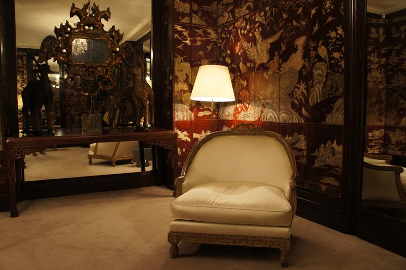 Coco Chanelu0027s Living Room Tour