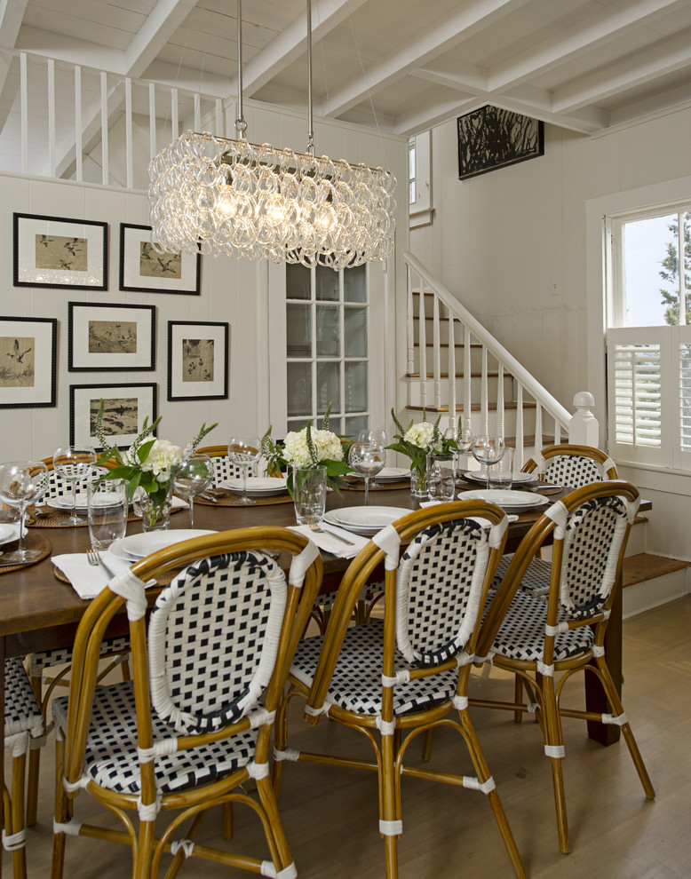 Traditional dining room schranghamer design group suzy q for Cafe style dining room ideas
