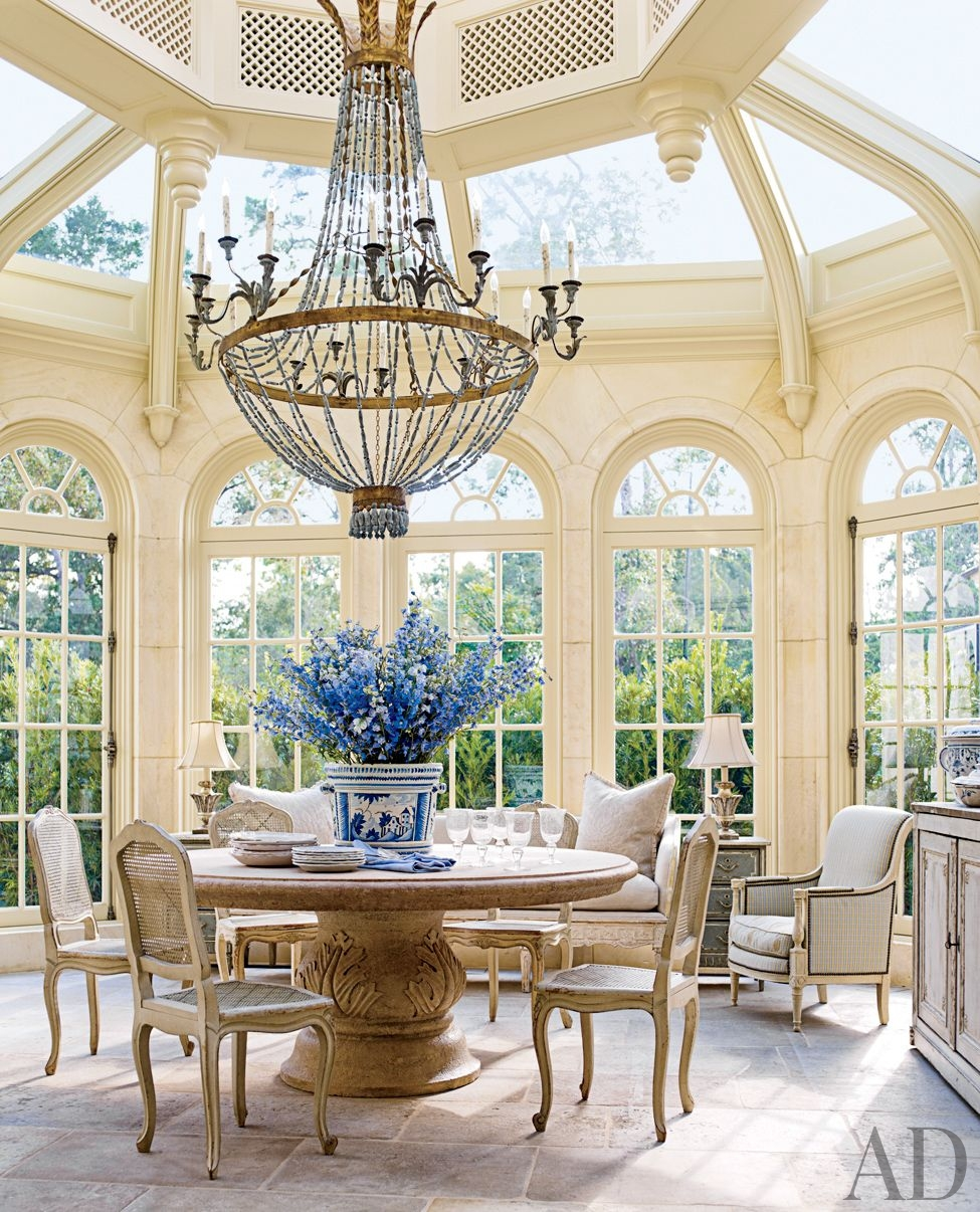 Home eye candy tour these gorgeous homes with stunning for Conservatory dining room design ideas
