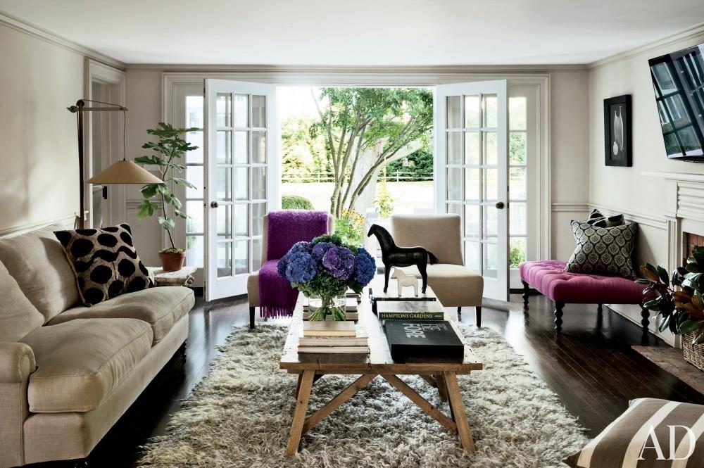 contemporary-family-room-rebecca-bond-bridgehampton-new-york-201407.jpg_1000-watermarked
