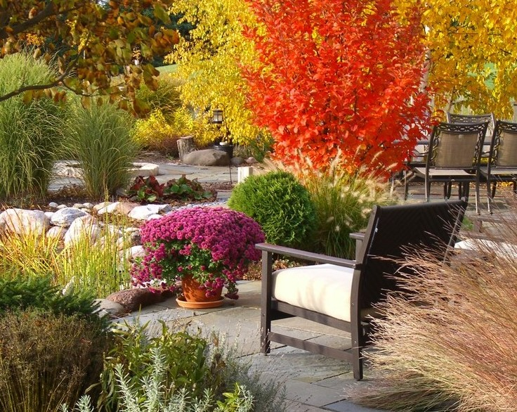 Fall DIY: Easy Outdoor Furniture You Can Build Yourself