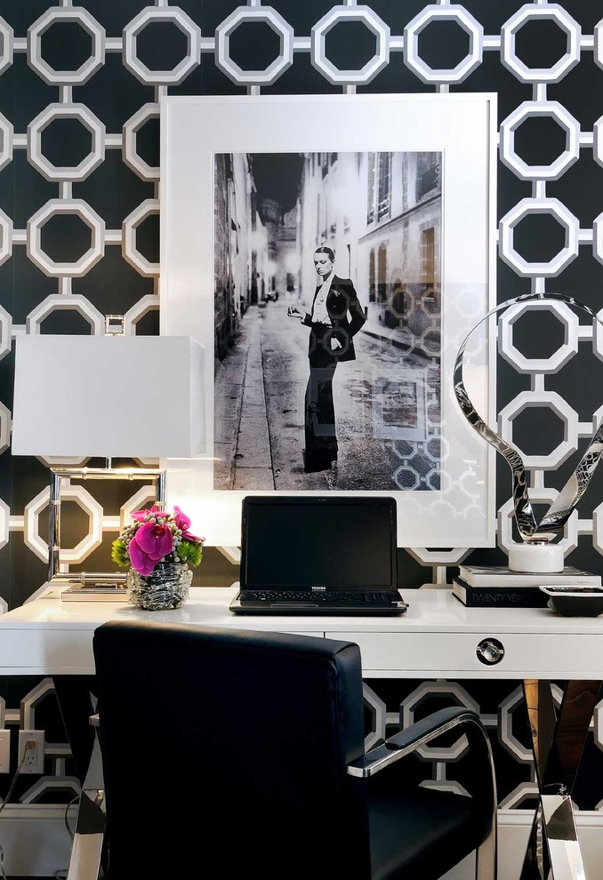 How to Re-Decorate Your Home Office With Antiques and Historical Artwork!