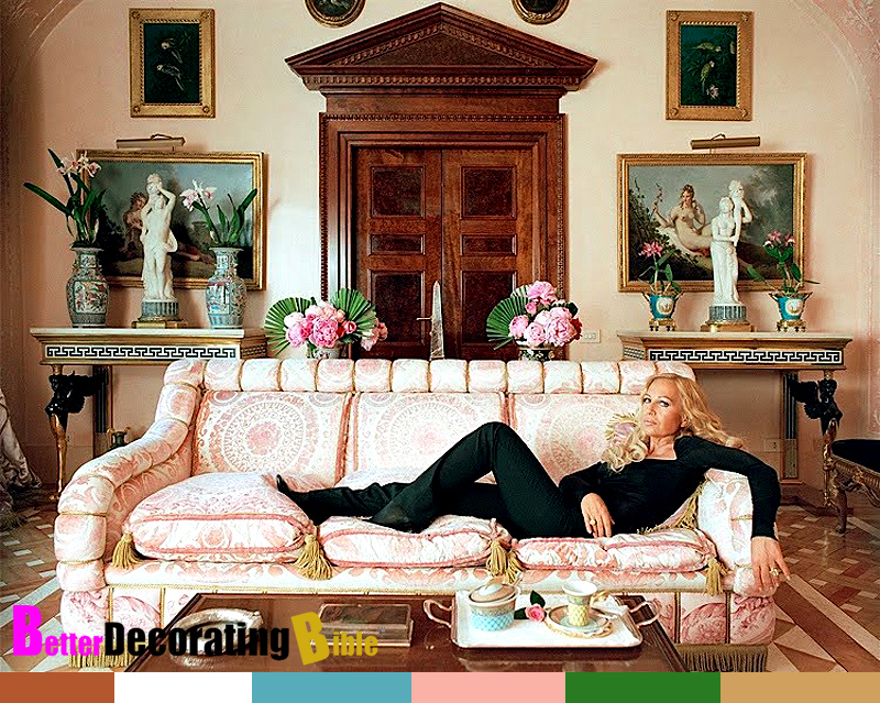 Celebrity home inside donatella versace 39 s apartment for Home interior pictures