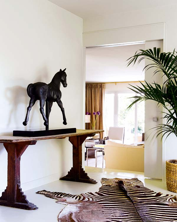 Moooi horse lamp. @megan stannard i don't know why this made me ...