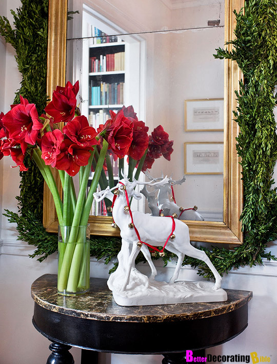 DIY Friday: Decorating with Christmas Garlands