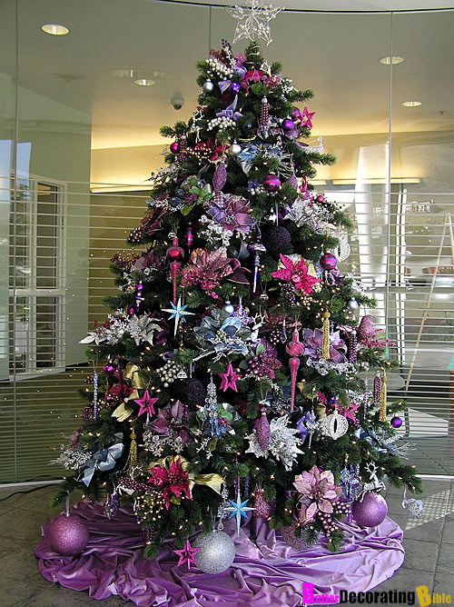 How to decorate a fabulous christmas tree - Is purple a christmas color ...