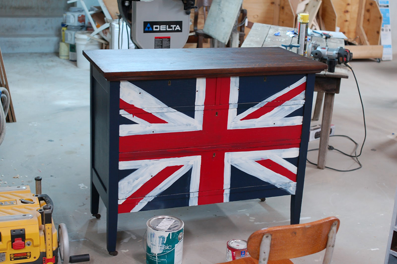 DIY Friday To Die For Union Jack Dresser