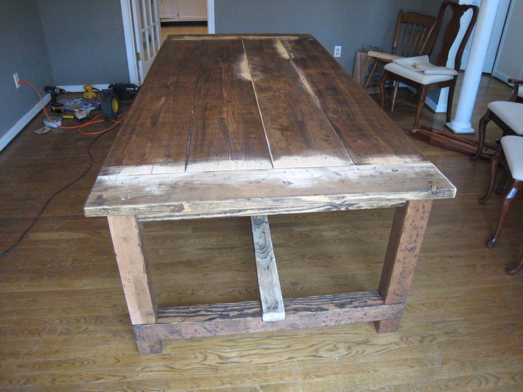 Dining table rustic dining table diy for Diy dining table