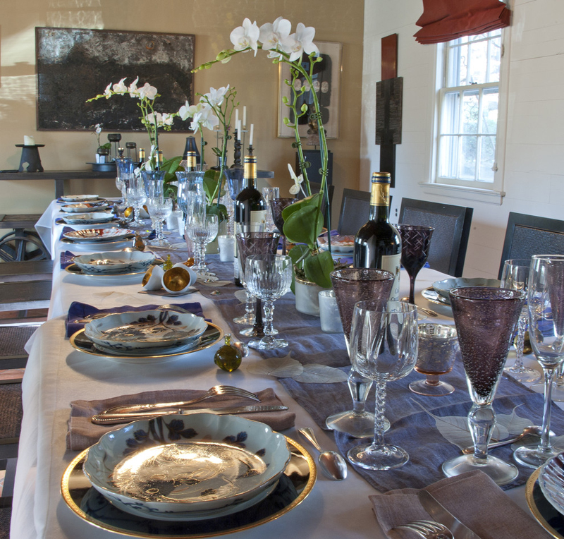 Christmas Dining Room Ideas To Add A Flourish To Christmas: How To Set A Trendy Table This Holiday Season