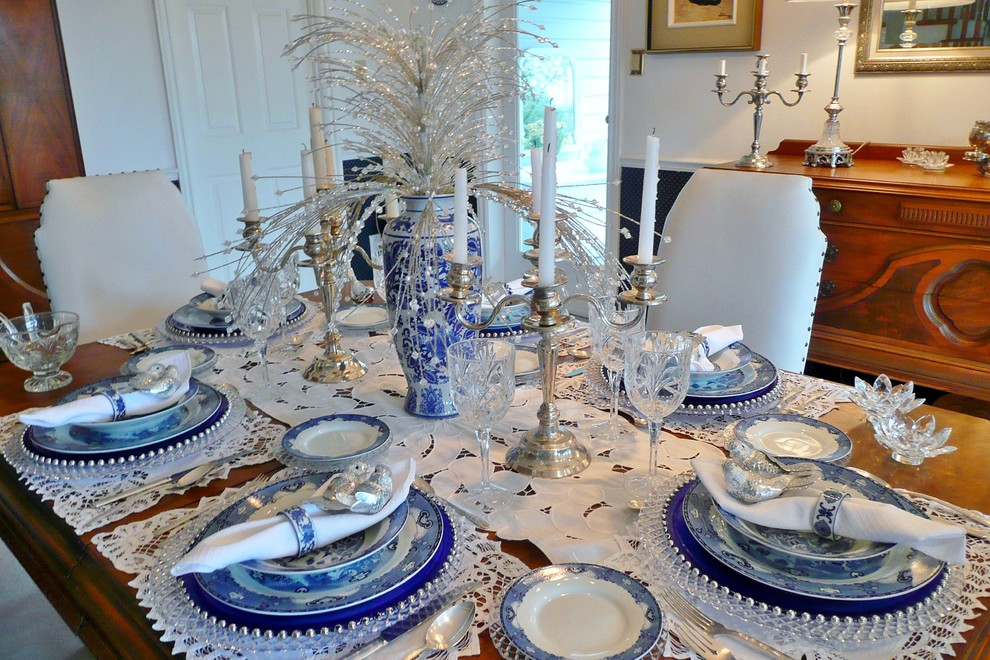 Suzy q better decorating bible blog ideas christmas for Dining room table setup ideas