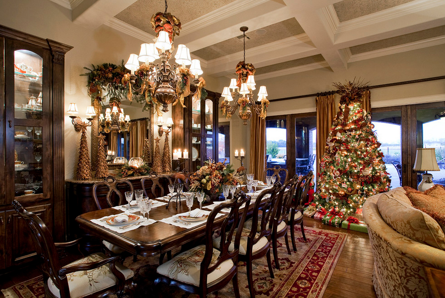 Create a cozy christmas home this frosty season for Christmas interior house decorations