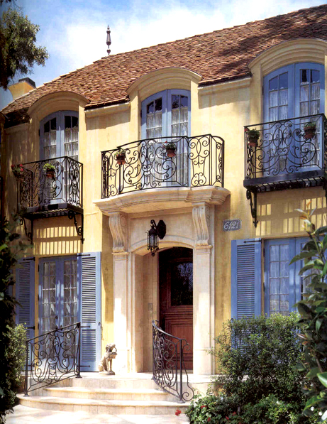 French manor house france pinterest for Balcony french