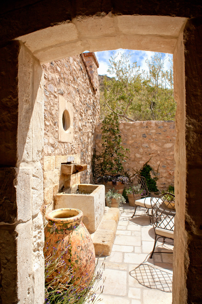 Italian Outdoor Wall Decor : Picture your life in tuscany a mediterranean style home
