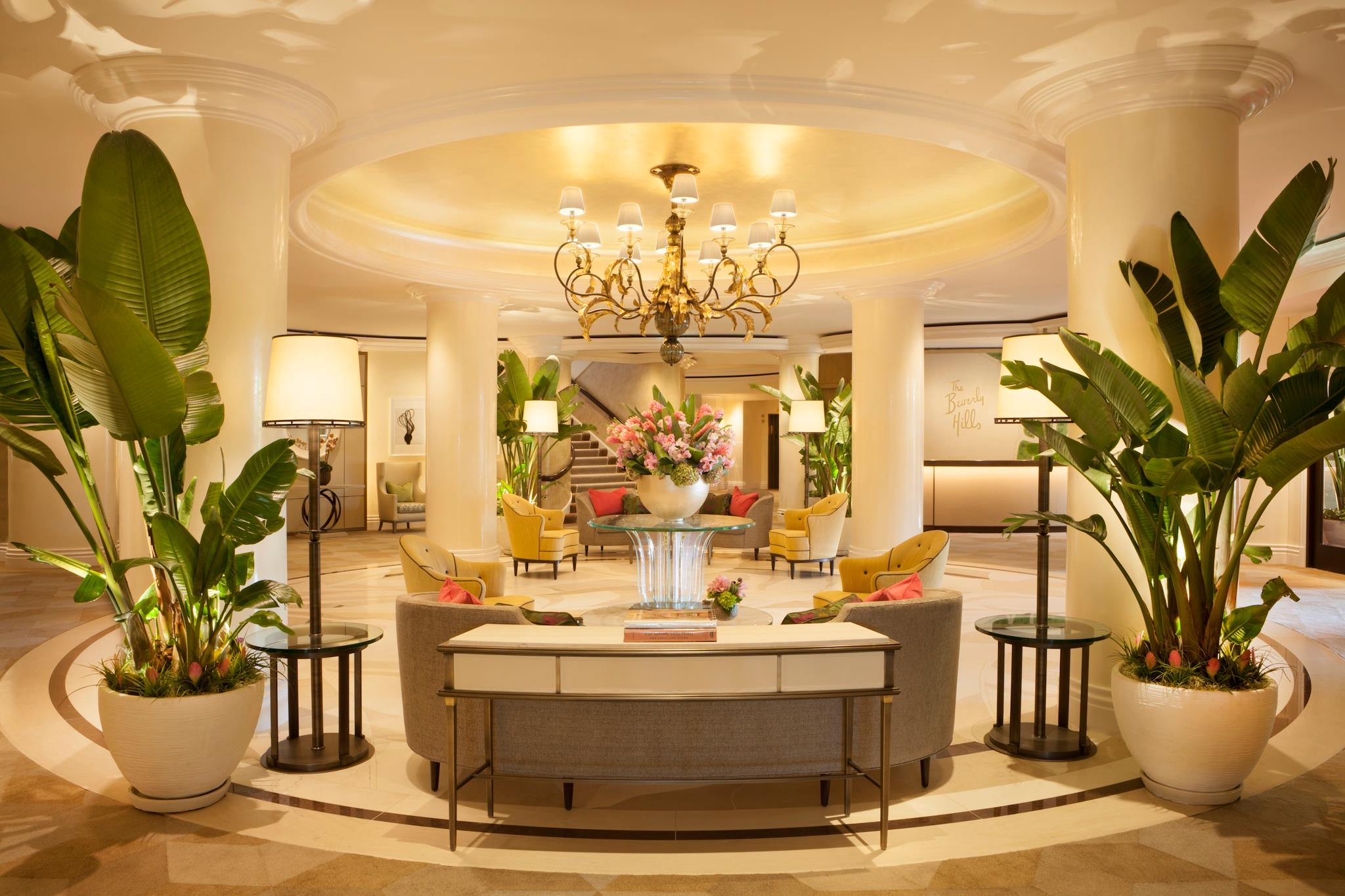 tropical modern décor at the beverly hills hotel