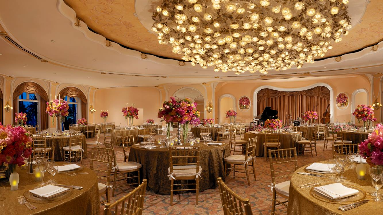 Beverly Hills Hotel Venue Chiavari Chairs Wedding Dining Room