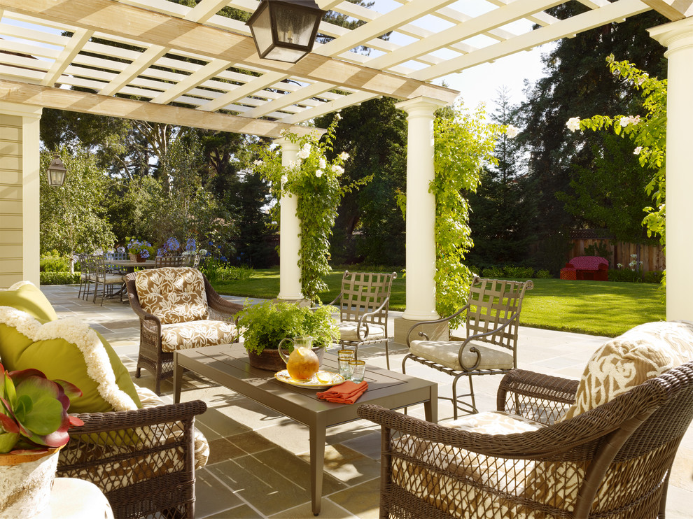 Style spotters 7 garden patio must haves for Patio decorating photos