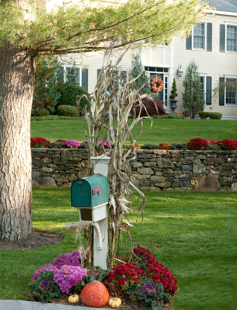 fall gardening mailbox pumpkin halloween better decorating bible blog how to autumn seasonal landscaping traditional-exterior