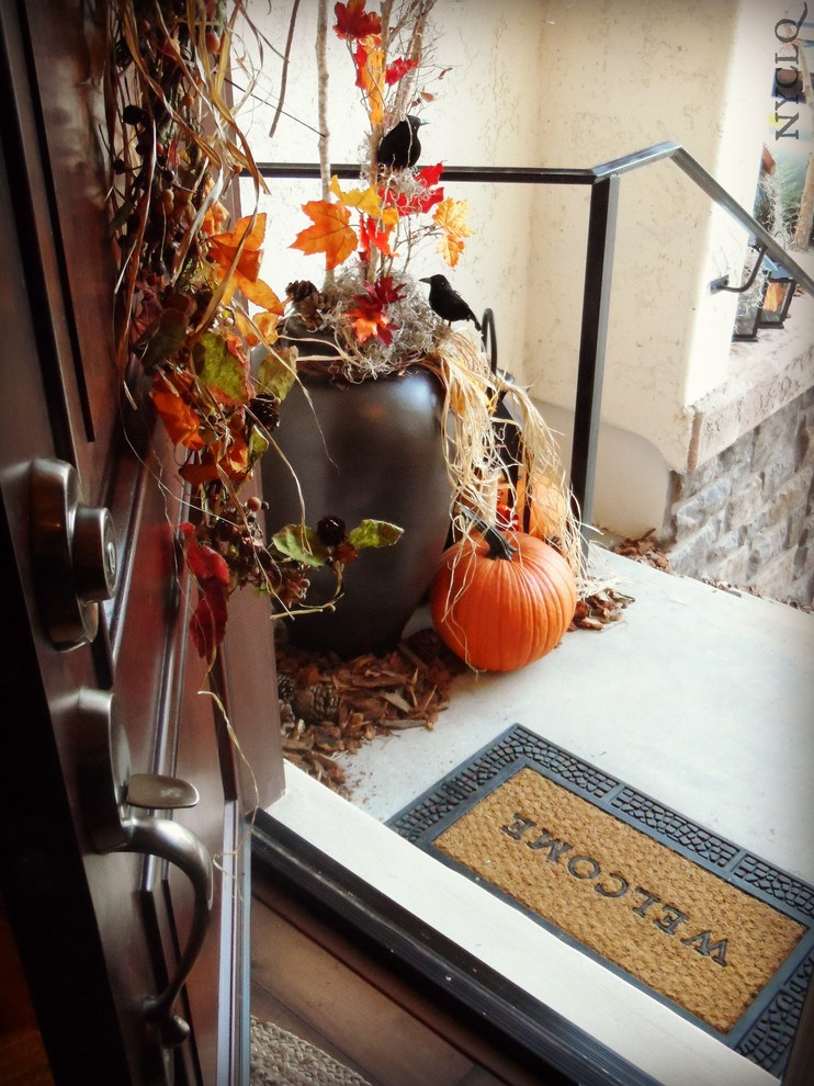 halloween fall decor entry way pumpkins rustic-spaces
