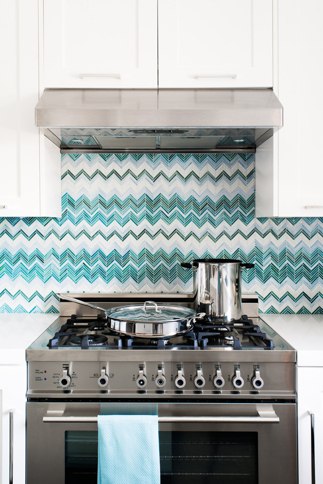 backsplash blue white cheveron better decorating bible blog ideas how to tiles stove aboe eclectic-kitchen
