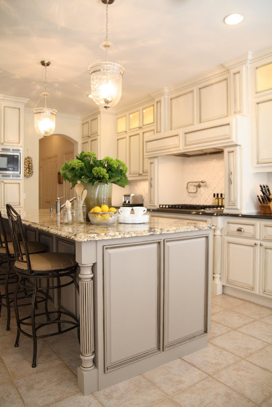 seal gray kitchen reno mouldings glass kitchen island