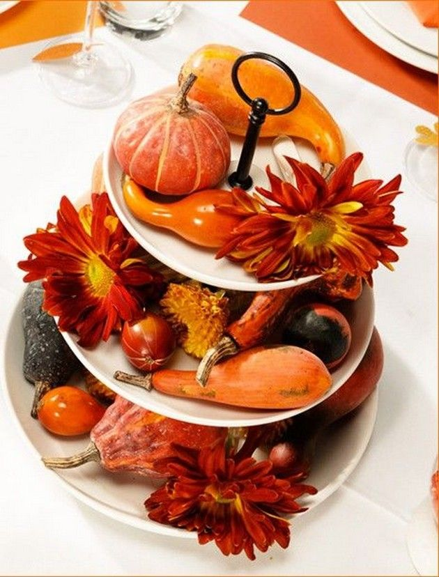 11 easy thanksgiving decor table how to candles centerpiece fall leaves pumpkins squashes dinin table front door projects last minute diy ideas vases place mats