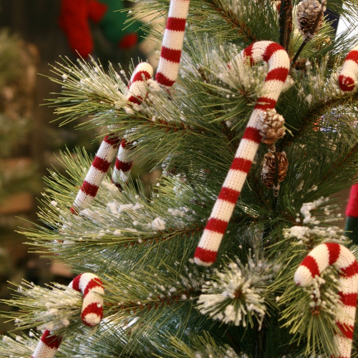 diy ornament knit candy canes christmas holidays tree ideas decorating