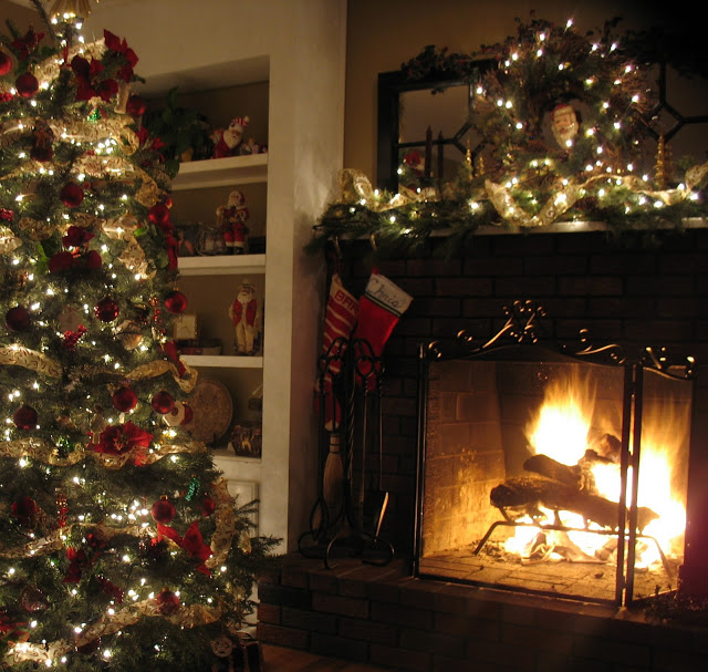 christmas tree garland mantel decorating ideas