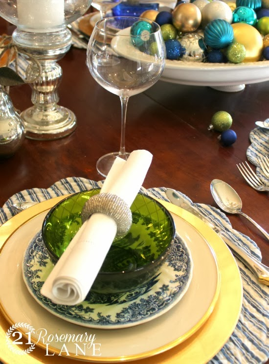 silver napkin rings blue white china christmas table blue and green 10