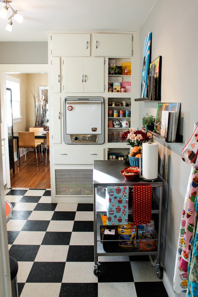 Wow my new obsession with vintage and retro kitchen for Kitchen ideas eclectic