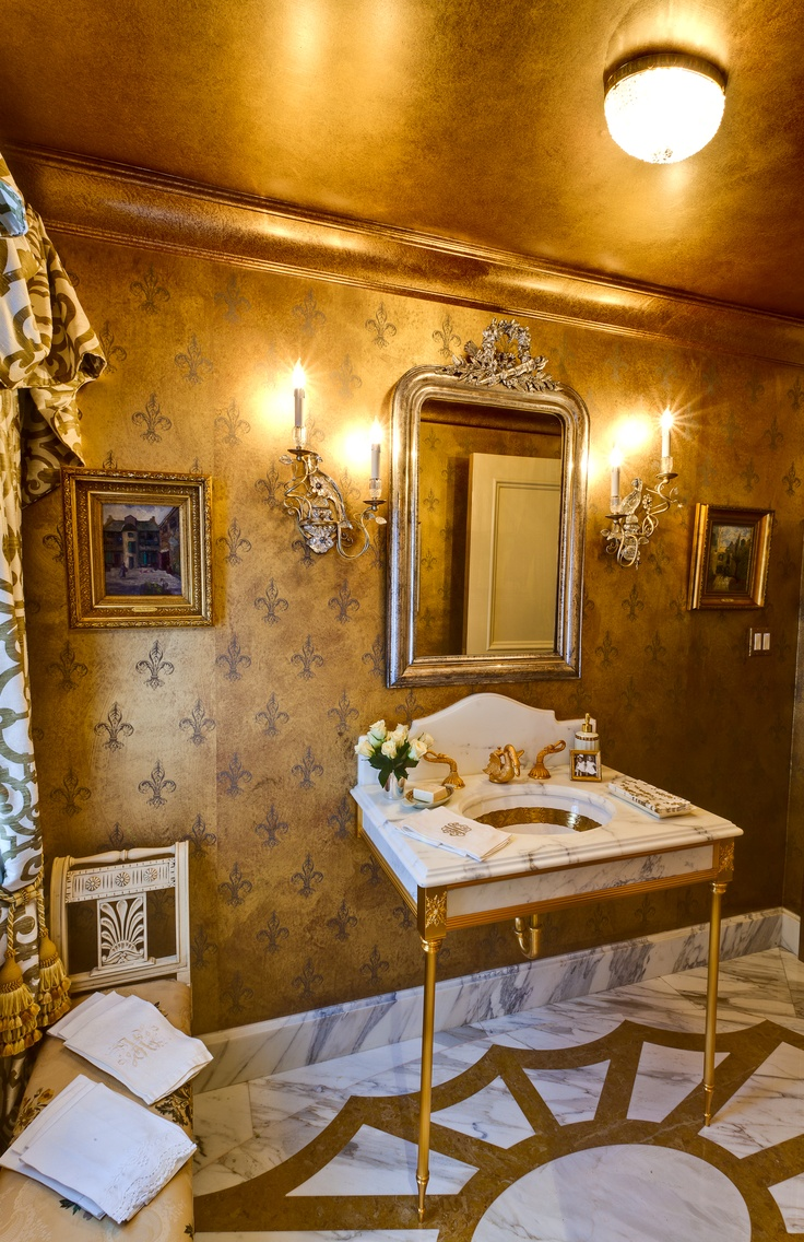 All that glitters is gold 10 drop dead gold bathrooms for Bathroom ceiling ideas