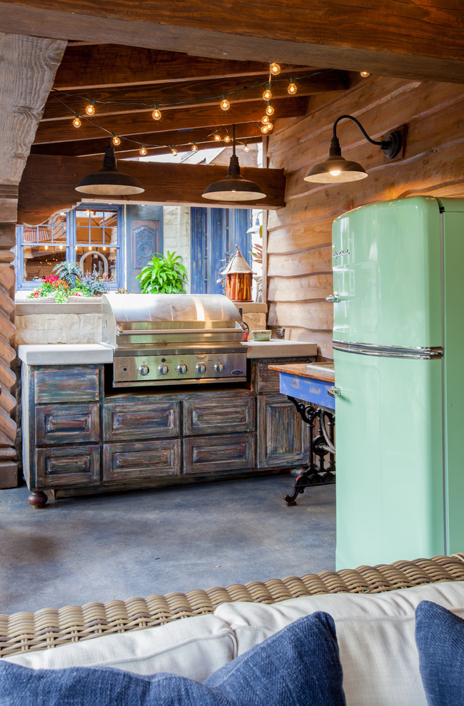 key residential outdoor kitchen rustic-patio