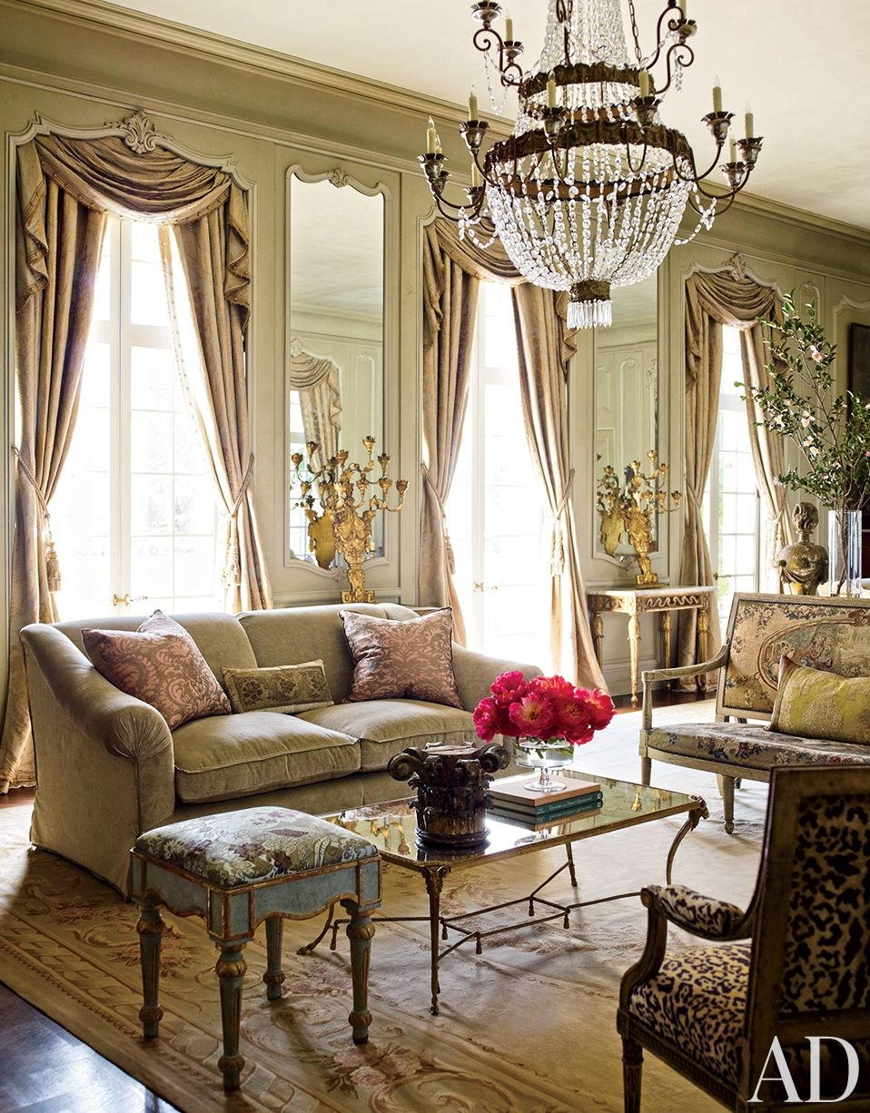 Traditional Living Room Kara Childress Inc Houston Texas