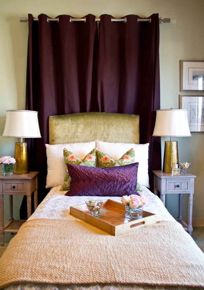 erika beirman decorating gold lamps bedroom bed vlevet headboard purple curtain