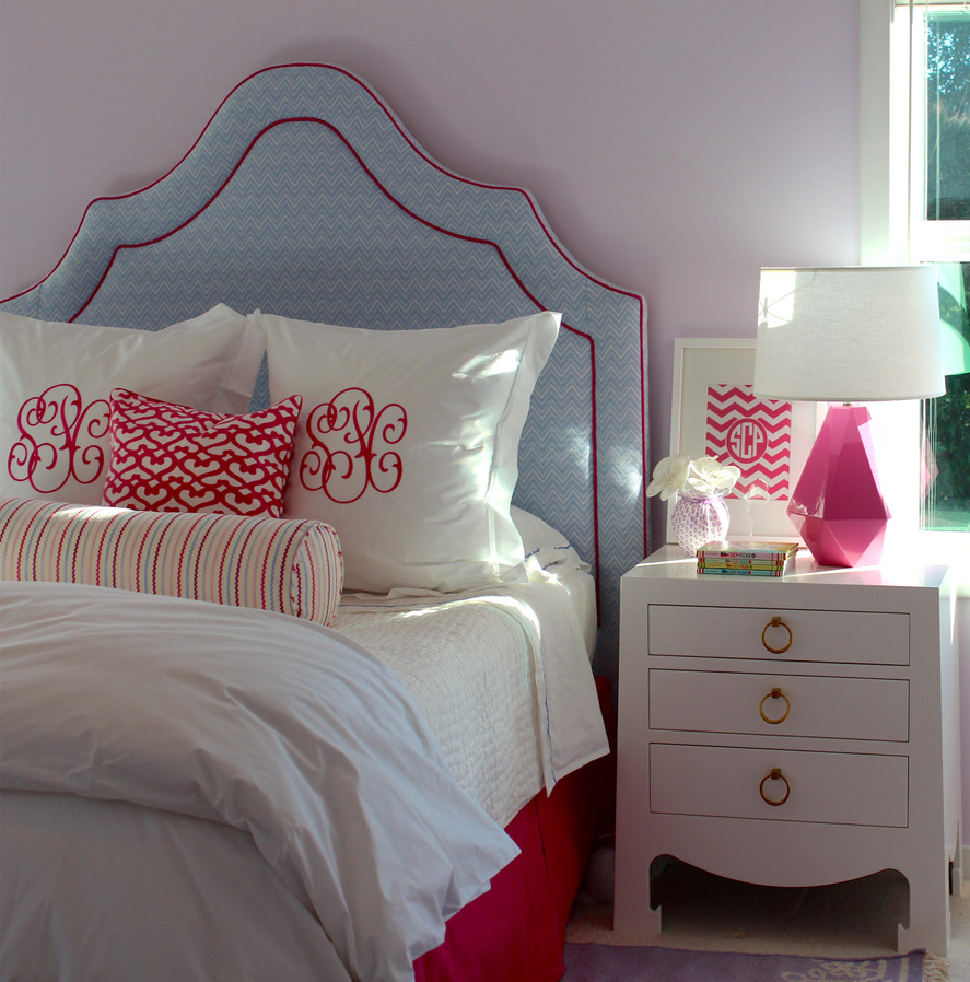 kids bedroom headboard blue red pink Untitled-1