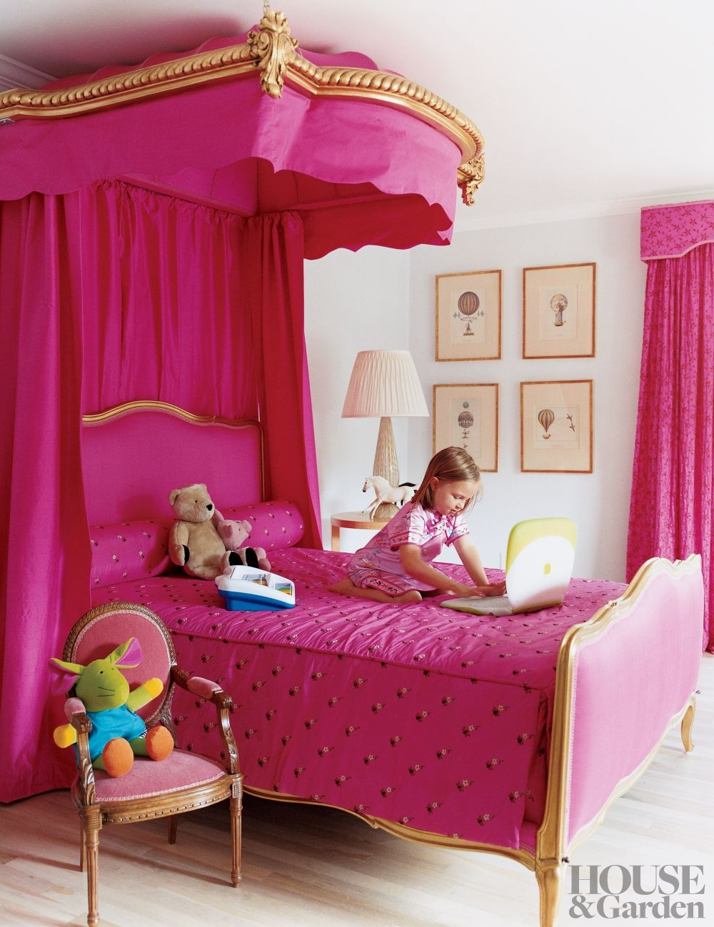 Bedroom makeover 3 fun accessories every kid s room needs - New york girls room ...
