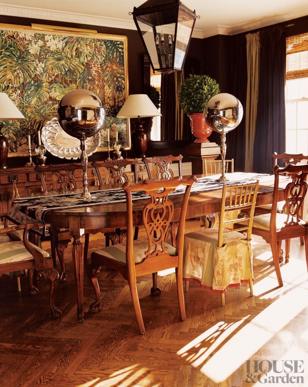 traditional-dining-room-new-york-new-york-200612_1000-watermarked