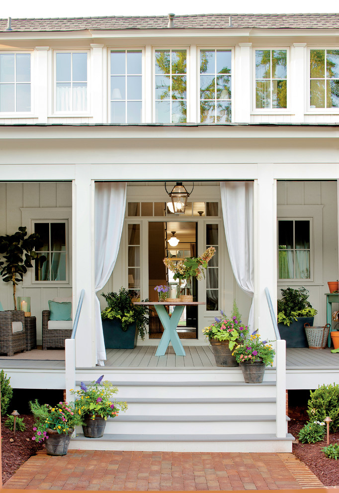 Summer curb appeal 7 fun ways to decorate your home s Front porch ideas