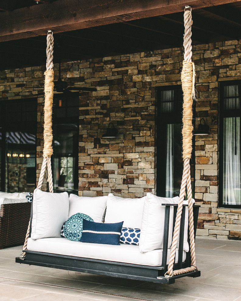 Summer curb appeal 7 fun ways to decorate your home s for Long porch decorating ideas