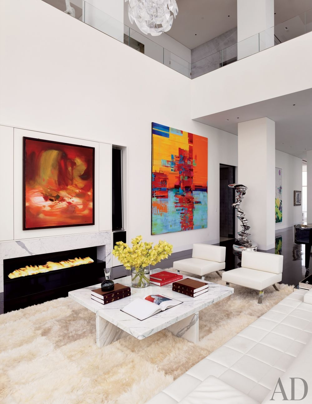 contemporary-living-room-oda-architecture-new-york-new-york-201312-2_1000-watermarked