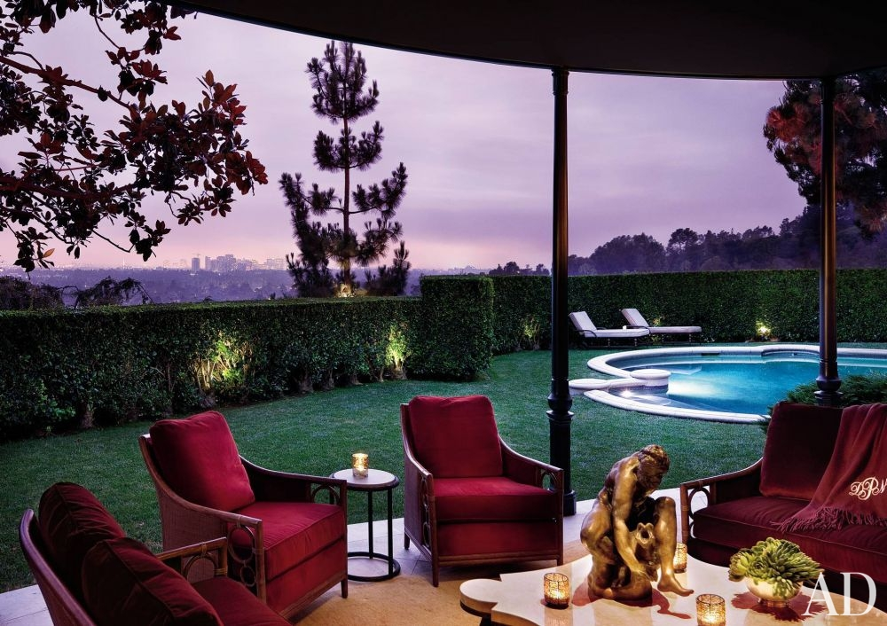traditional-outdoor-space-donna-livingston-beverly-hills-california-201009_1000-watermarked