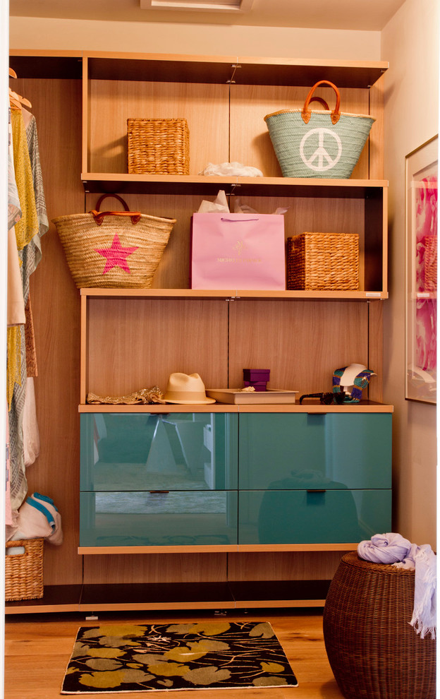 tiki beach style closet teen decorating woven hamper