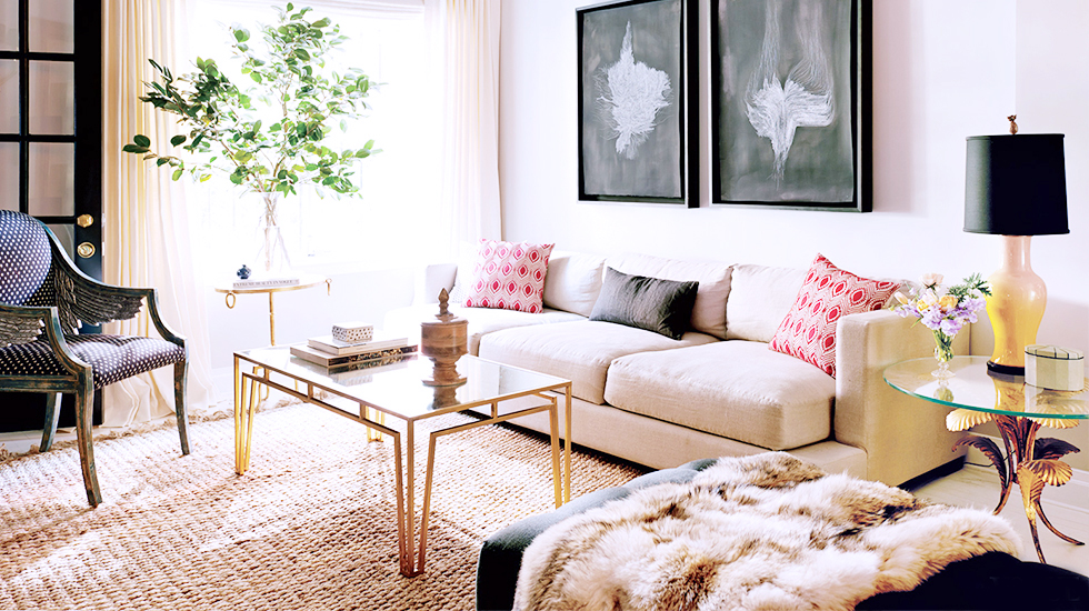 karlie kloss model living room celebrity decorating fur throw sisal rug gold gilded coffee table