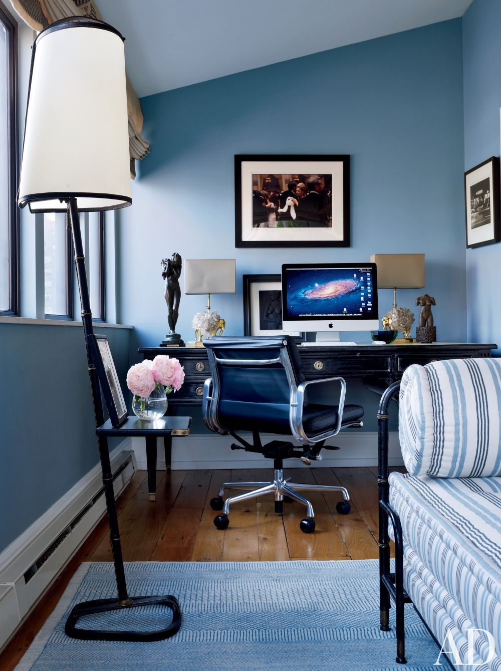 Spring cleaning 3 easy home office organization tips for Office design blue