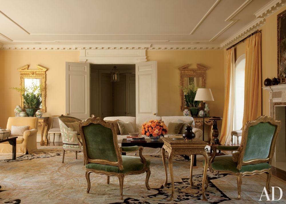 traditional-living-room-lauren-king-los-angeles-california-201107-2_1000-watermarked