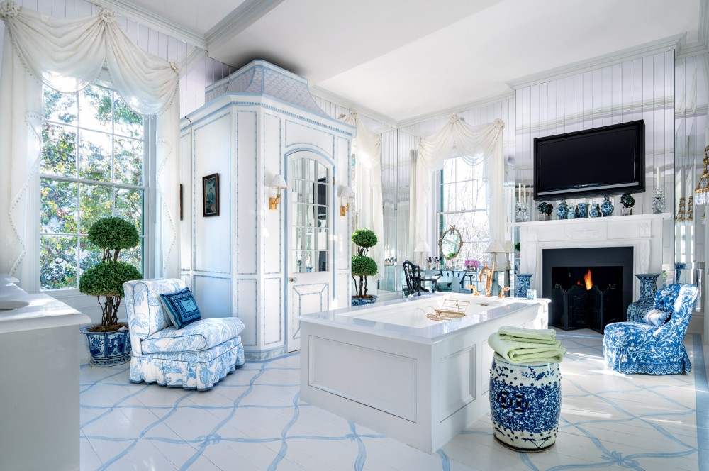 chinese chinoiserie chairs garden stool blue white bathroom ideas spa oriental style better decorating bible blog